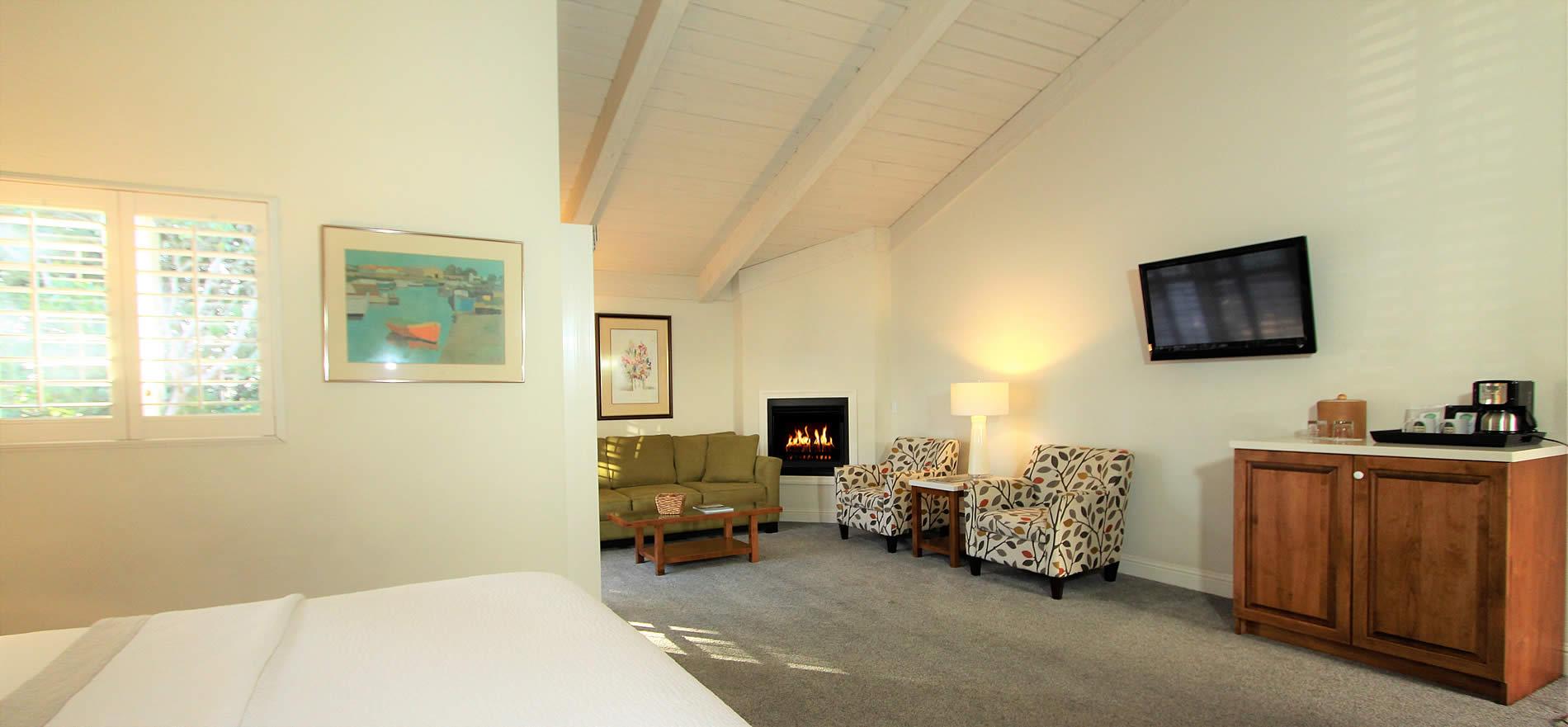 intermediate level king room